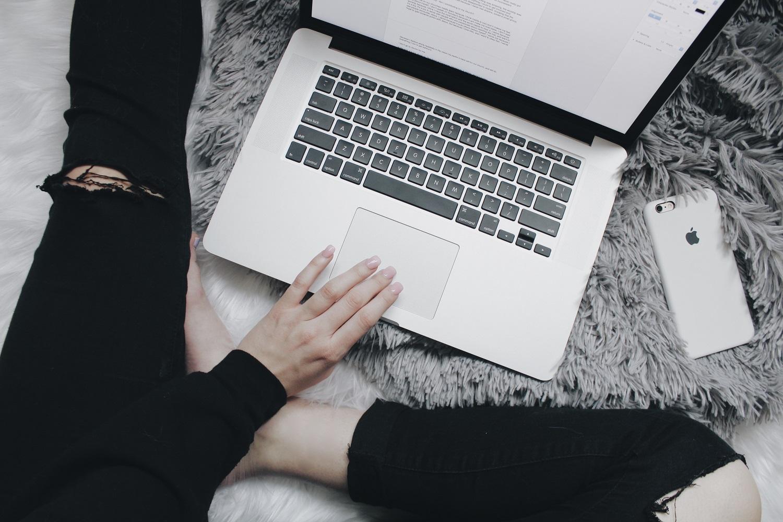 Geek Cat - Jak podkręcić produktywność - Te 4 rzeczy pomogą Ci wrócić do pracy ze zdwojoną siłą